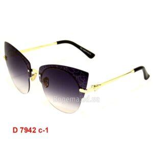 Модель D 7942